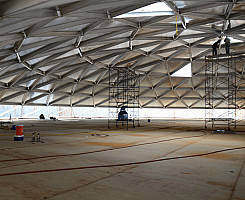 Reparación de techo en forma de domo geodésico